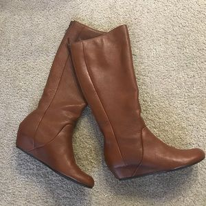 B.P. Brown Leather Boots (Size 9)